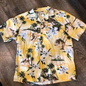 Authentic Hawaiian Short Sleeve Button Up